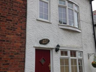 ARDEN HOUSE 322645, Barmouth