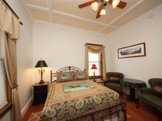 Tangren House Luxury Inn ~ Cisco Room 1, Moab