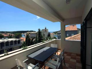 Modern apartment TOMA, excl.location, 50m sea, Makarska