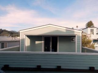 "Avila Beach ""Boathouse"" Convenient Downtown Location - 359 First Street"