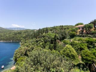 Villa Palma - Six Bedroom With Private Beach, Gruda