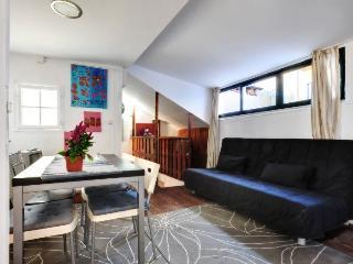 São Luís IV apartment in Bairro Alto {#has_luxuri…, Lisbon