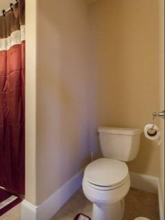 toilet seat at master bedroom