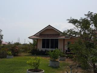Nice, Quiet and Comfortable Mountain View Home, Hua Hin