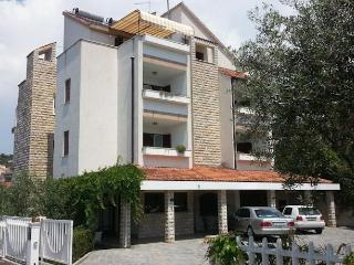 TH01889 Apartments Vojin / Three bedrooms A6, Okrug Gornji