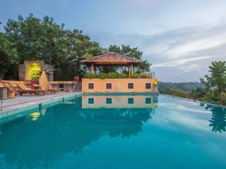 Summertime Villa - A Luxury Hideaway