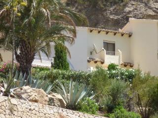 Seaside retreat in Cumbre Del sol, Benitachell,