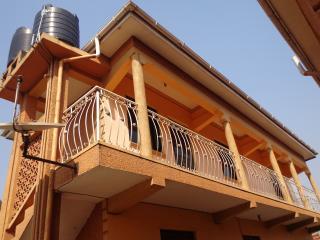 kitty's flat house, Kampala