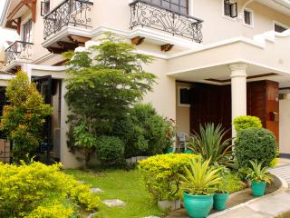 Eagle Ridge Family Vacation House, Tagaytay