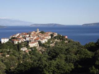 Bajota house with a beautiful sea view!