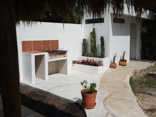 Casa Blanca, Mahahual