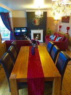 Lounge/Dinning area