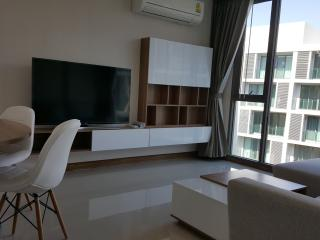 New 2 Bedroom Luxury Condo - Heart of Nimman (703), Chiang Mai
