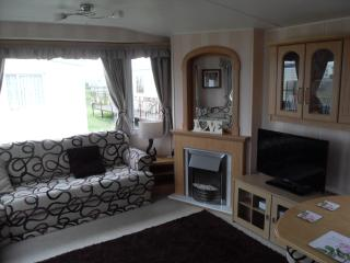 8 Berth Spacious Caravan