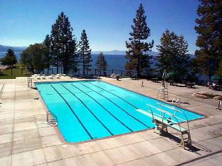 AVAIL.THIS WKND SkiTahoe,3BR close to skiing,casinos,access to Burnt Cedar Beach