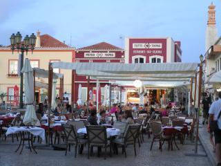 Arade Plaza in Ferragudo.