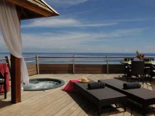 Villa standing moorea, vue mer et bains a remous