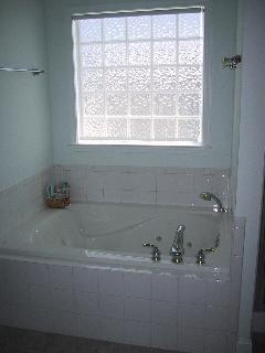 Jetted Garden Tub in Master bath
