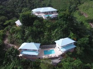 VillaNoria great place private mountain 20 persons, Las Terrenas
