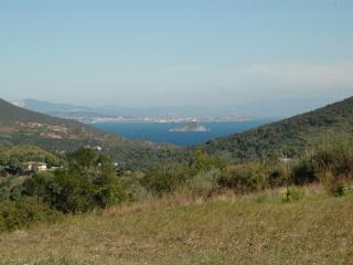 Villetta Campo al Pero, Rio Nell'Elba