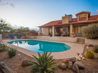 DESERT GEM* HEATED POOL, DESERT VIEWS