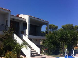 Rafina Country Villa Sea View Sleeps 16 / 20