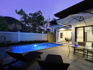 Modern Private Pool Villa + Scooter(s), Ao Nang