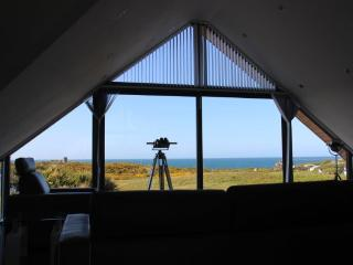 Contemporary property with stunning sea views., Vale