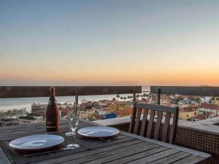 Liiiving in Porto | Sea & River View