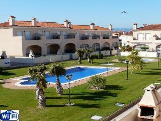 ALL INCLUDED. NEAR OF BEACHES .FREE-WIFI. Quiet. AIR-CONDITION, Miami Platja