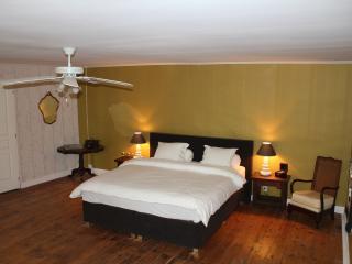La Truffe, 85m2 Family suite for up to 5 persons, Villefranche-de-Lonchat