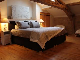 Cyrano, full comfort suite for 2 or 3 persons, Villefranche-de-Lonchat