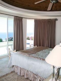Master bedroom - king.