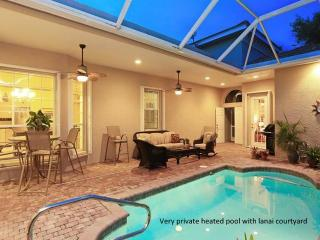 'NEW' Listing Upscale Pool House Gated Community, Venise