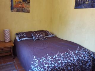 Small Room with terrace, Cuernavaca