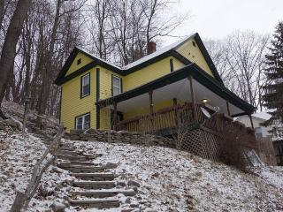 Conveniently Located Catskill Mountain Retreat, Hancock