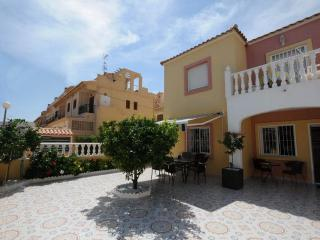 Appartement a Torrevieja avec terrasse et piscine