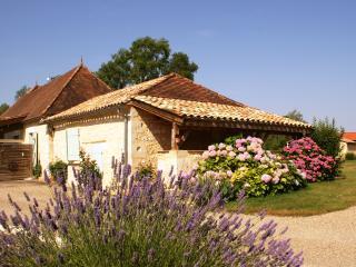 Gîte de charme, à la campagne, proche Dordogne, Castillonnès