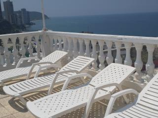 Luxury apartment with balcony, Santa Marta