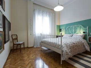 Authentic Retro Flat in CityCenter, Thessalonique