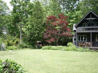 Private House in the Woods w/ Pool,Hot Tub, Sauna, Cold Spring