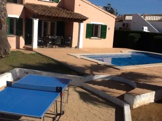 Villa with pool, families, cyclists, beach lovers, Sa Rapita