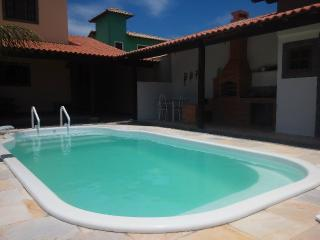 Casa com piscina estre a praia e a lagoa, Arraial do Cabo