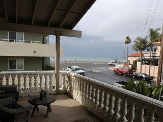 3 bed, 2 bath Beach house steps away to the beach, Carlsbad