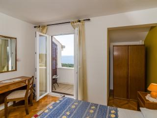 Guesthouse Moretic - Double Room with Balcony and Sea View 3