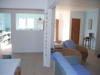 Entire 3 Bed Beach Cottage, Epao