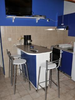 A3 (2+2): kitchen