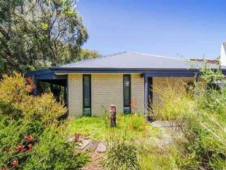 Sunrays - Pet Friendly, Bush Block, Margaret River