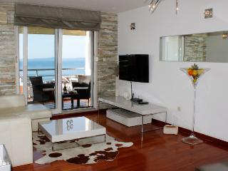 Luxury Apartment FANTASY -with beautiful sea view