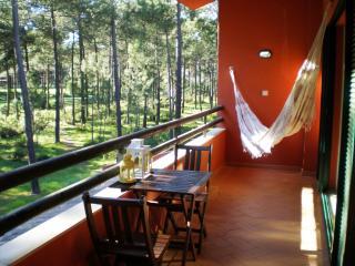 Pine Yellow Apartment, Aroeira Golf Resort, Lisbon, Charneca da Caparica